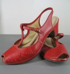 Cherry Red Vintage 40s/50s T-Strap Peep Toe Shoes 02.jpg